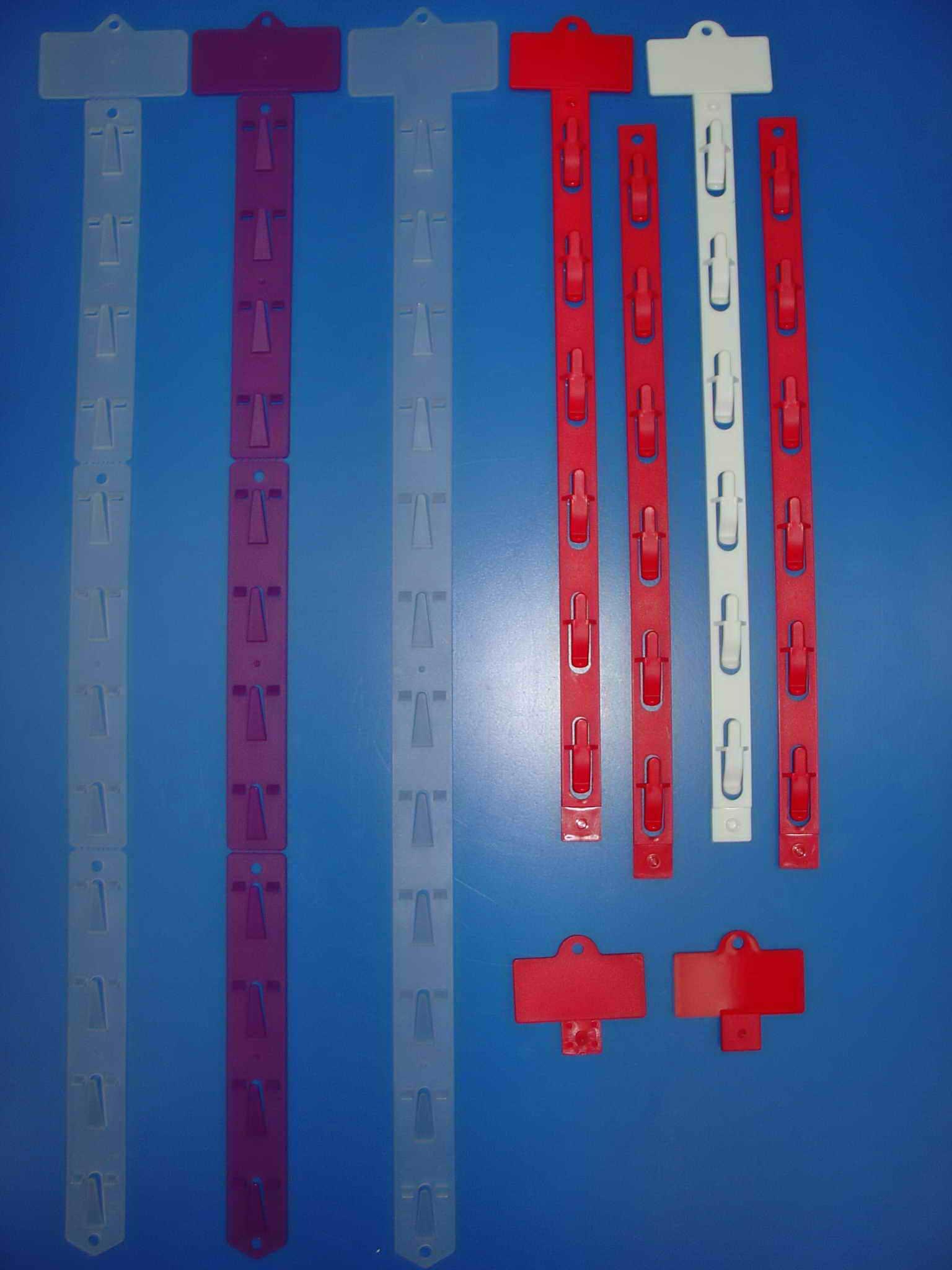 Welcome To Uniplastic Co Ltd!clips Strips,hang Strips,molded Clip  Strips,molded Hang Strips,merchandising Clip Strips,metalic Clip  Strips,metal Hooks,hang